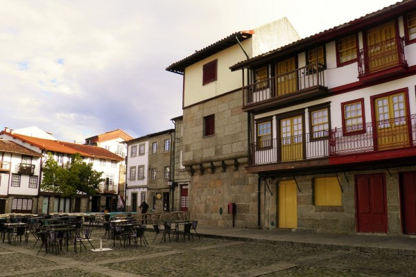 Guimarães-Old-Town by Essencia da Latitude