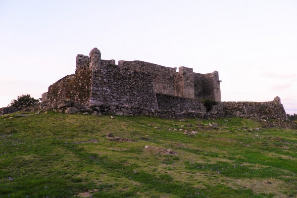 Lindoso Castle by Essencia da Latitude