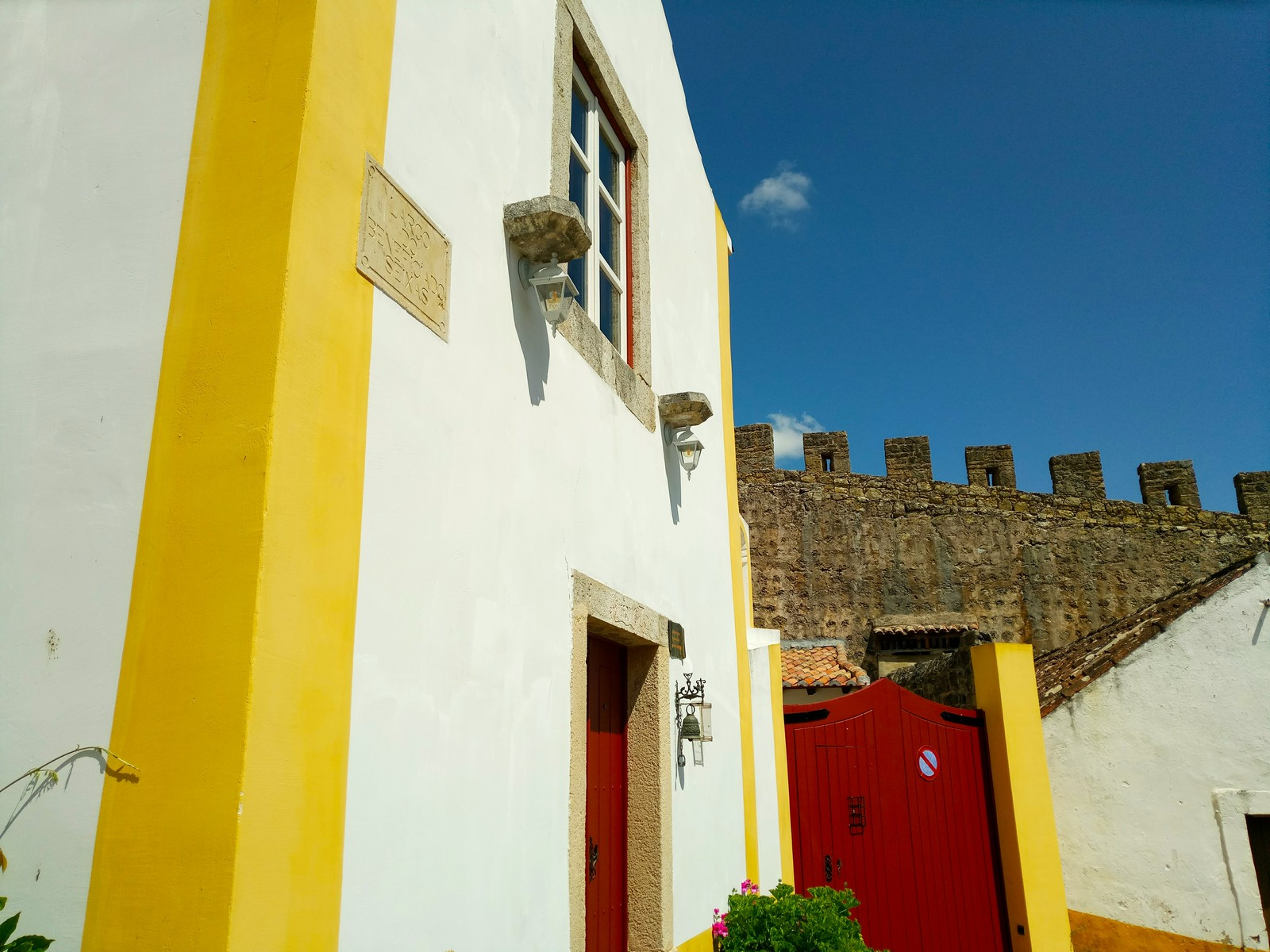 Obidos House by Essencia da Latitude