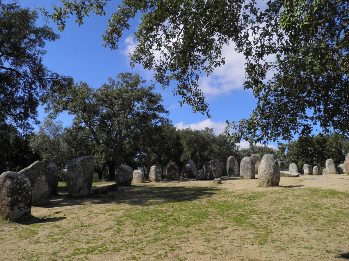 Almendres-Cromlech by Essencia da Latitude