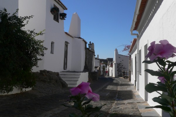 Monsaraz, Jewish Quarter by Essencia da Latitude